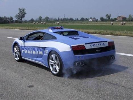 28 Police Lamborghini