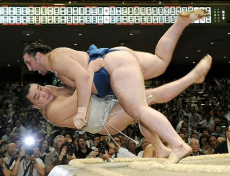 75 Epic Sumo Tackle