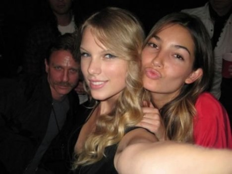 80 How to Ruin a Photo of Two Hot Chicks