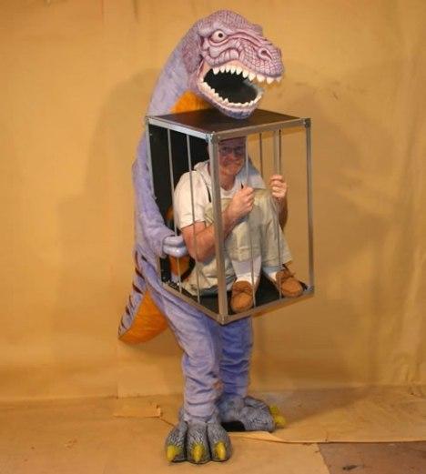 95 T Rex Captive