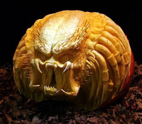 predator-pumpkin-face