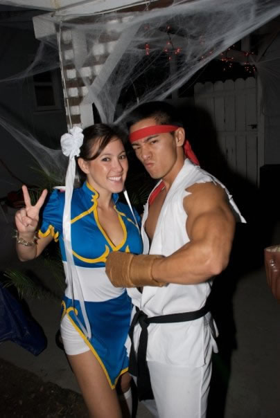 76 Ryu and Chun Li Couple